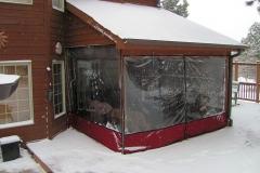 Vedere exterioara inchidere terasa cu folie cristal