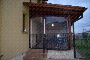 folia cristal sau PVC transparent pentru inchidere terasa